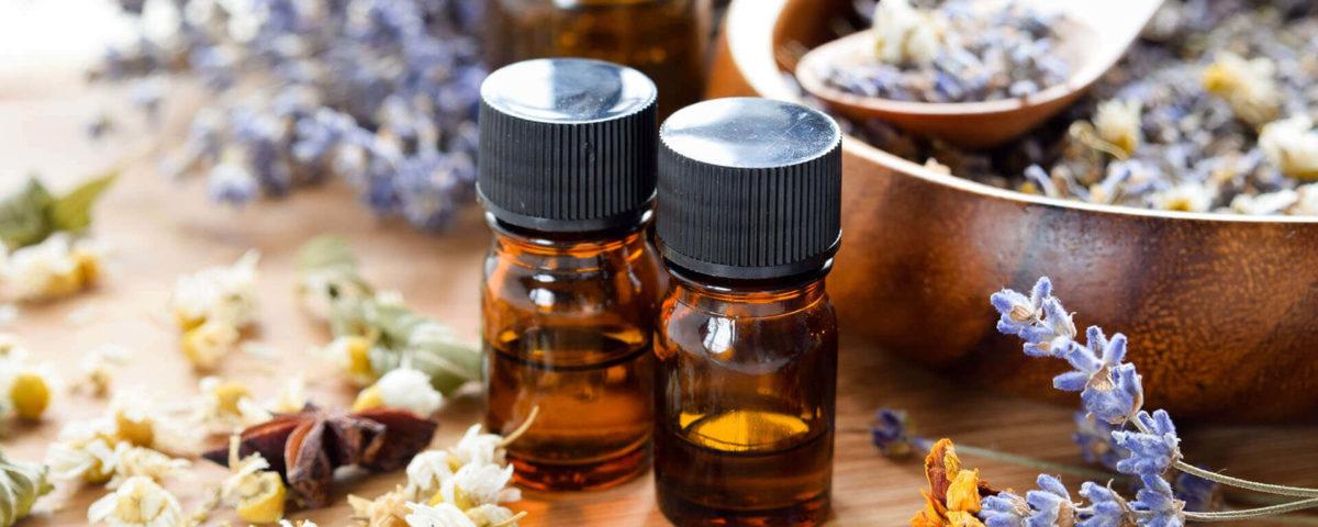 frascos de óleos essenciais